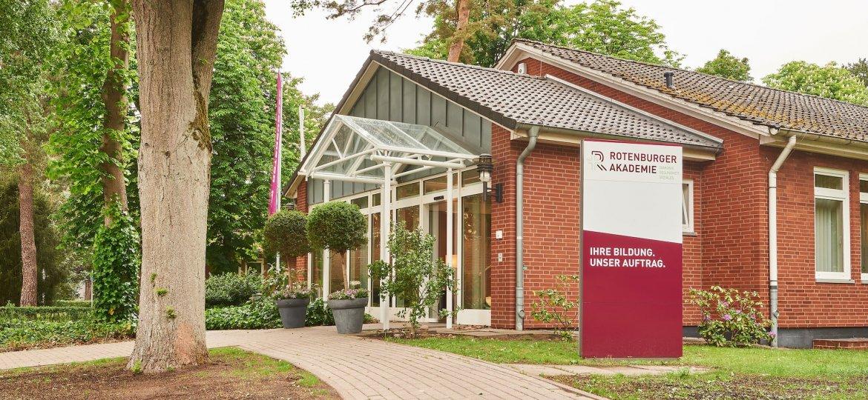 2019-05-22-Rotenburger-Akademie-Architetkur-hauke-mueller-fotografie_HMF2789